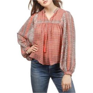 NWT Lucky Brand gorgeous top!! L